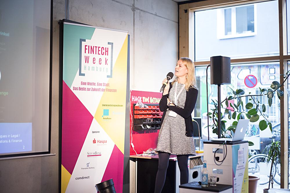 Carolin Gabor. Foto: Katrin Bpunkt/ Fintech Week Hamburg